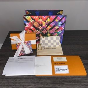 New Louis Vuitton Damier Azur Key Pouch Cles